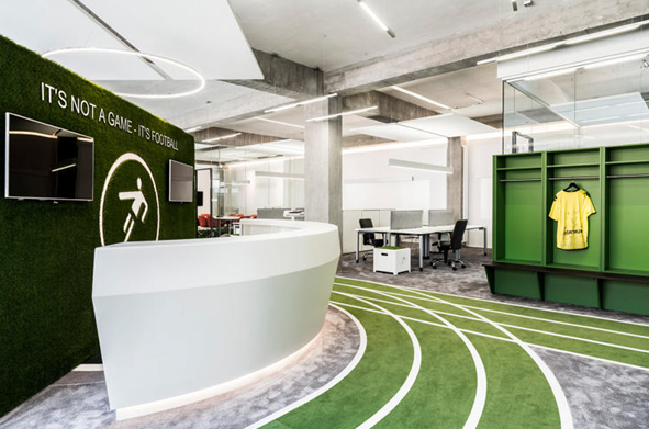 Innovative office spaces bring the outdoors in for Innovative office design